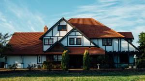 Inspektion von leer stehenden Immobilien