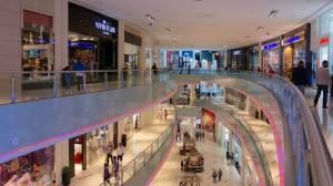 Inspección de la limpieza de un centro comercial